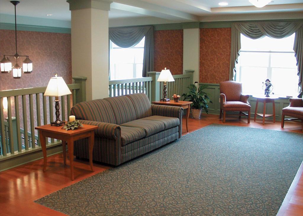 Murrysville seating area
