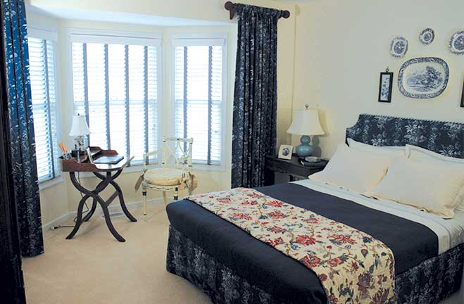 villa homes bedroom